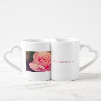 Rosa romântico do rosa conjunto de caneca de café