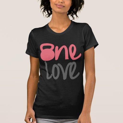 """Rosa """"um amor """" tshirts"""