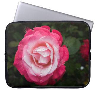 Rosa vermelho e branco com a bolsa de laptop dos sleeve para laptop
