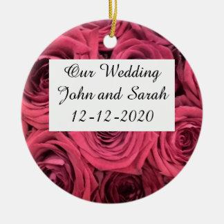 Rosas vermelhas que wedding o ornamento