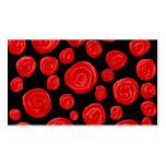 Rosas vermelhas românticas no fundo preto modelo cartoes de visitas