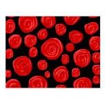 Rosas vermelhas românticas no fundo preto. Costume Cartao Postal