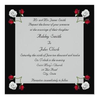 Rosas vermelhos e brancos que wedding o convite convite quadrado 13.35 x 13.35cm