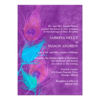 Roxo, azul, convites de casamento do tema do pavão