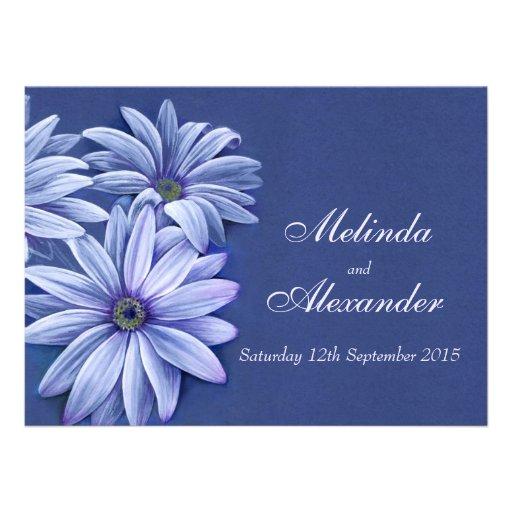 Roxo azul do convite do casamento do osteospermum