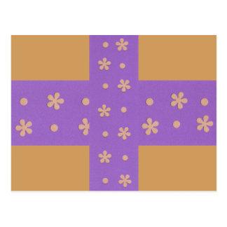 Roxo com flores amarelas e design dos pontos cartão postal