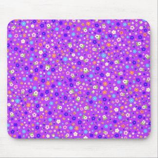 roxo do fundo do em dos pequenas do de flores do mouse pad