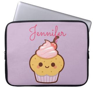 Roxo doce do monograma do cupcake do kawaii bonito capa para computador