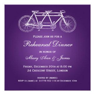 Roxo em tandem da bicicleta do jantar de ensaio do convite personalizado