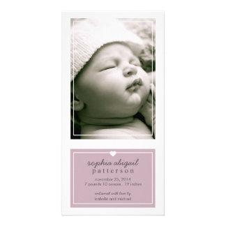 Roxo simples moderno do anúncio do nascimento do b cartão com foto