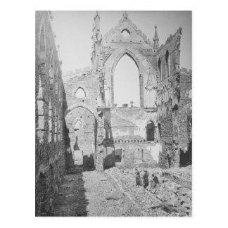 Ruínas católicas da catedral durante a guerra cartão postal