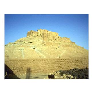 Ruínas do deserto do EL Menia de Ksar do forte Modelo De Panfleto