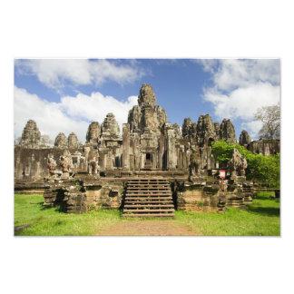 Ruínas do templo de Bayon em Cambodia Impressão Fotográficas