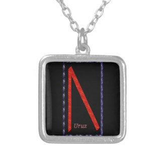 Rune de Uruz Colar