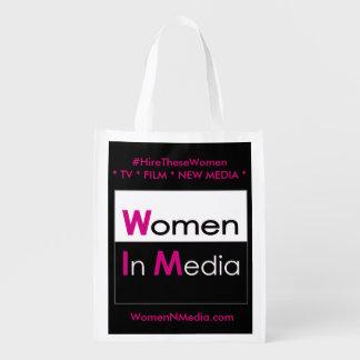 Sacola Ecológica As mulheres nos meios EZ dobram o saco de compras
