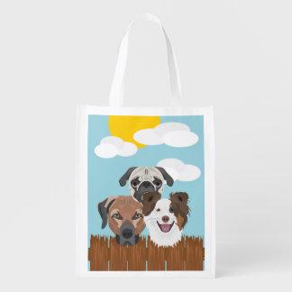 Sacola Ecológica Cães afortunados da ilustração em uma cerca de