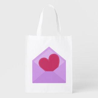 Sacola Ecológica Coração vermelho bonito no envelope roxo