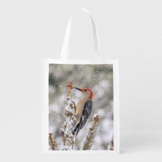 Sacola Ecológica pica-pau Vermelho-inchado na neve