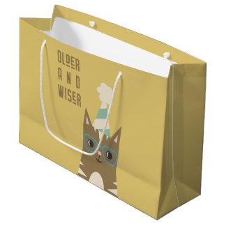 Sacola Para Presentes Grande Gato de gato malhado com aniversário dos vidros