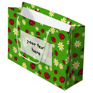 Sacola Para Presentes Grande verde bonito do teste padrão de flor do joaninha e