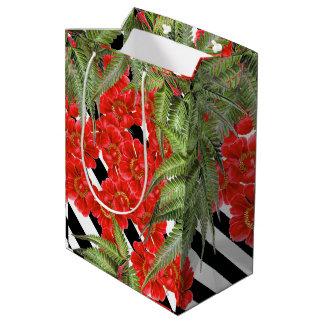 Sacola Para Presentes Média A peônia vermelha das samambaias floresce o saco
