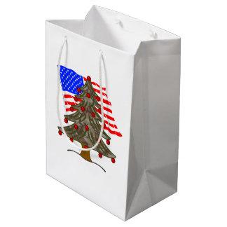 Sacola Para Presentes Média Bandeira da árvore de Natal w/American da
