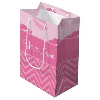 Sacola Para Presentes Média Beijos e ziguezagues rosa e branco