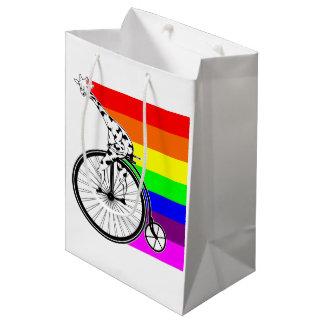 Sacola Para Presentes Média Bicicleta do arco-íris do girafa