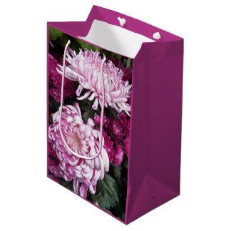 Sacola Para Presentes Média Crisântemos cor-de-rosa florais