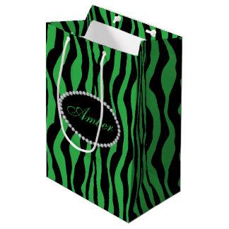 Sacola Para Presentes Média Diamantes verdes do impressão da zebra & monograma