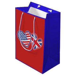 Sacola Para Presentes Média EUA e corações BRITÂNICOS da bandeira