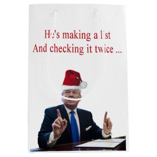 Sacola Para Presentes Média Natal do trunfo: Está fazendo uma lista