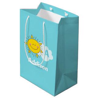 Sacola Para Presentes Média O monograma feliz bonito da luz do sol de Kawaii