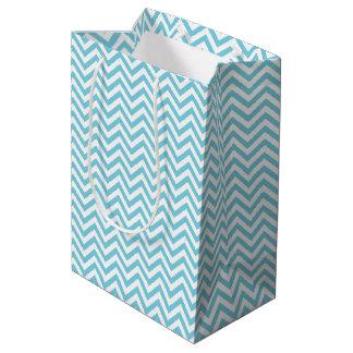 Sacola Para Presentes Média O ziguezague azul e branco listra o teste padrão