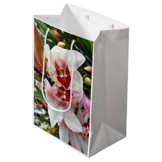 Sacola Para Presentes Média Orquídeas brancas e cor-de-rosa do Dendrobium