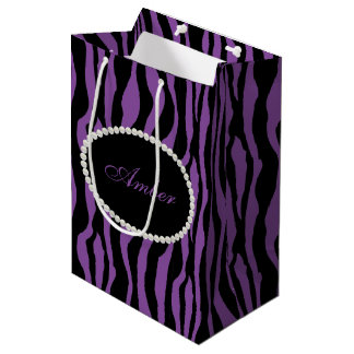 Sacola Para Presentes Média Pérolas roxas do impressão da zebra & monograma