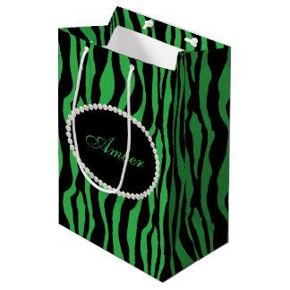 Sacola Para Presentes Média Pérolas verdes do impressão da zebra & monograma