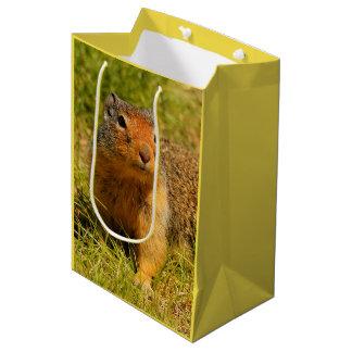 Sacola Para Presentes Média Um esquilo à terra Columbian Twitchy-Cheirado