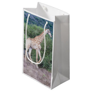 Sacola Para Presentes Pequena Girafa no selvagem