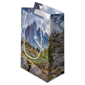 Sacola Para Presentes Pequena Montanhas nevado no EL Chalten Argenti de Laguna