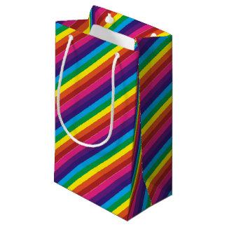 Sacola Para Presentes Pequena O arco-íris colorido corajoso listra o teste