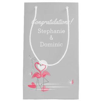 Sacola Para Presentes Pequena Parabéns do lado do amor do flamingo pequenos