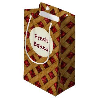 Sacola Para Presentes Pequena Torta da cereja, cerejas vermelhas, sobremesa,