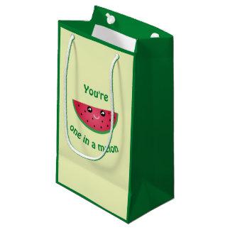 Sacola Para Presentes Pequena Um em uma melancia bonito engraçada de Kawaii do