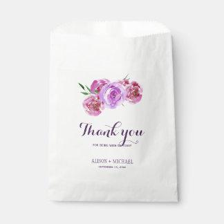 Sacolinha A ameixa roxa floral elegante cora buquê