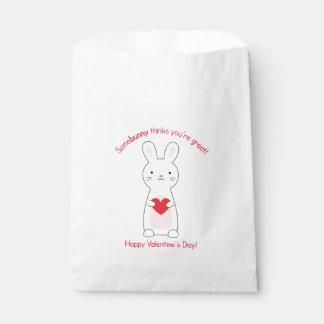 Sacolinha As bolsas do favor dos namorados do coelho