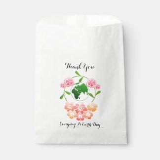 """Sacolinha """"Diário são os sacos florais do favor do Dia da"""