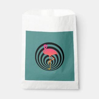 Sacolinha Flamingo bonito nos círculos