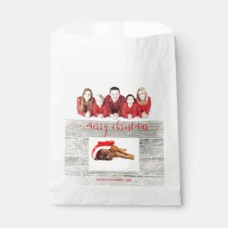 Sacolinha Foto de madeira rústica do Feliz Natal - saco do