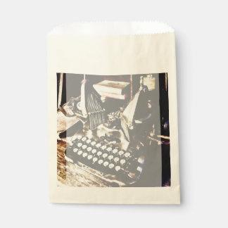 Sacolinha Máquina de escrever antiga Oliver #9